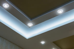 Spots: Servem como pontos de luz nos ambientes.